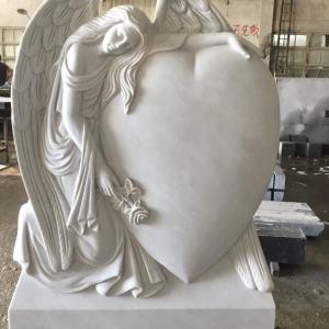 Скульптура из мрамора: Статуя ангела с сердцем