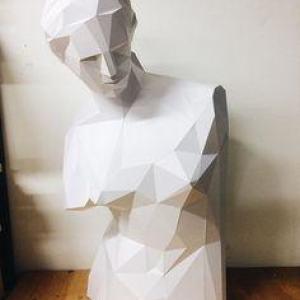 Полигональная скульптура: Венера Милосская