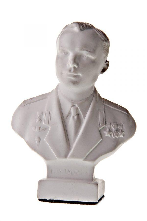 Бюст на заказ из гипса «Ю.А. Гагарин»