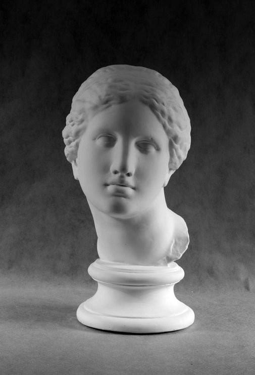 Гипсовая скульптура: Афродита Книдос