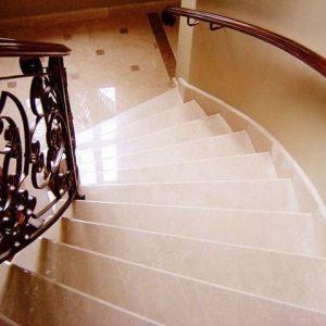Лестница из натурального камня 10
