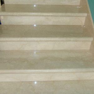 Лестница из натурального камня 2