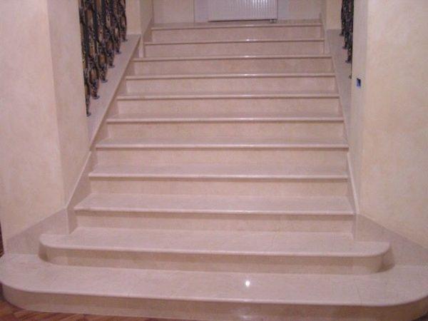 Лестница из натурального камня 8