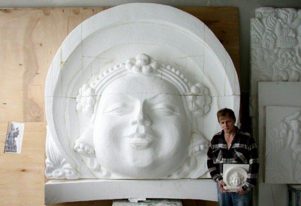 Фигура из пенопласта: Алтарь с индийским божеством