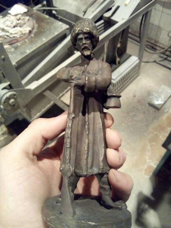 Бронзовая скульптура: «Казак»