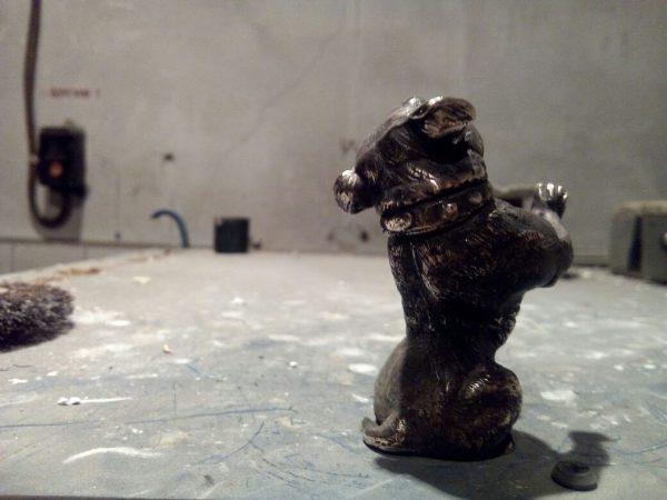 Бронзовая скульптура: «Бурый медведь»