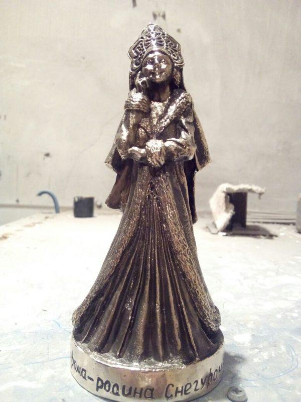 Бронзовая скульптура «Снегурочка»