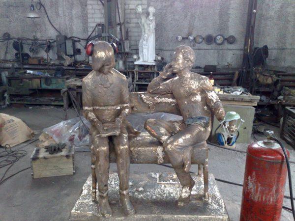 Бронзовая скульптура: «Ученики»