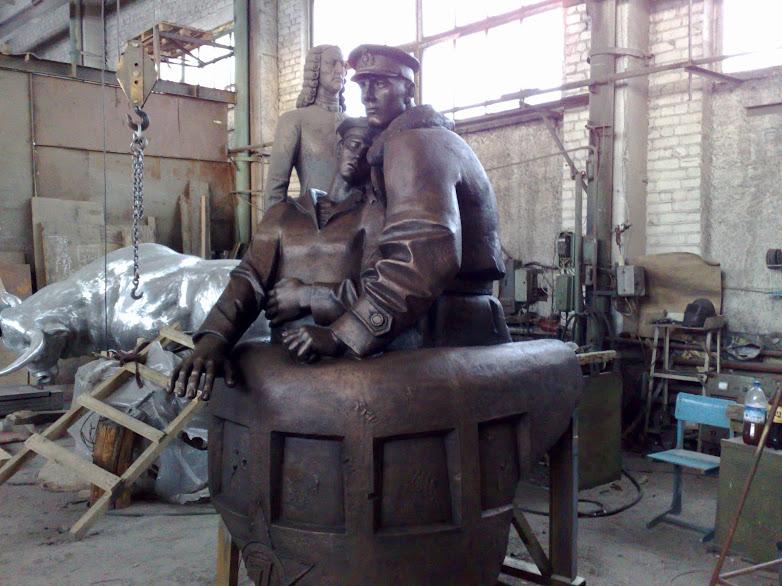 Бронзовая скульптура: «Боевой товарищ»