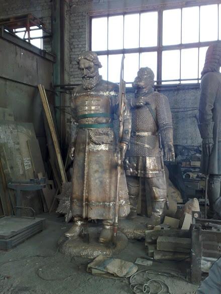 Бронзовая скульптура: «Воины»