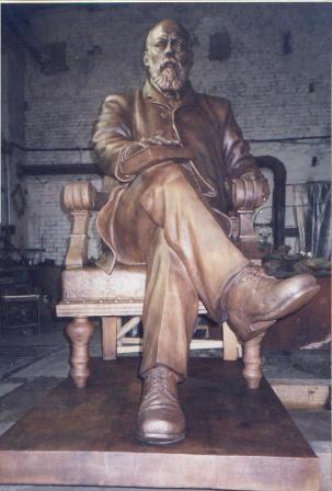 Бронзовая скульптура: «Профессор»