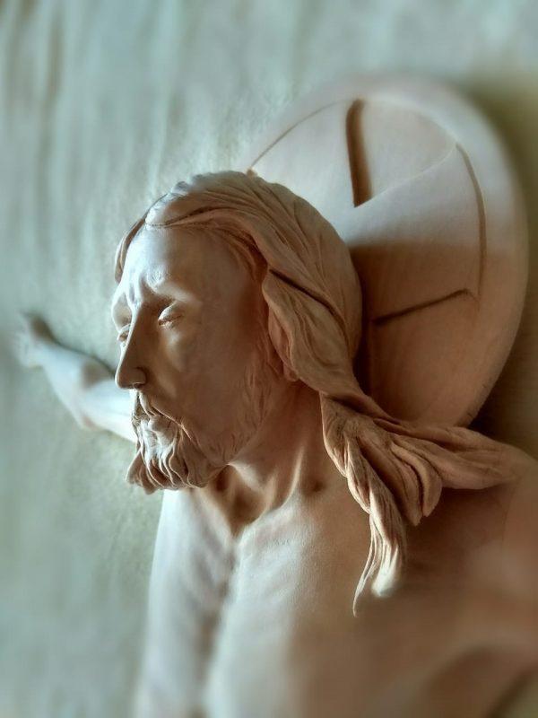 Скульптура из дерева: Иисус Христос