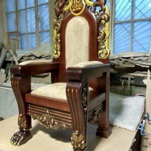Скульптура из дерева: Королевский трон