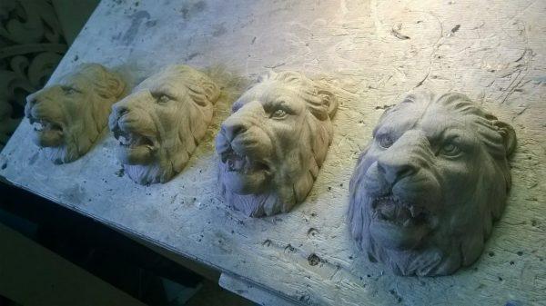 Скульптура из дерева: Голова льва