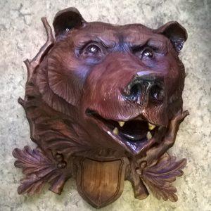 Скульптура из дерева: Голова медведя