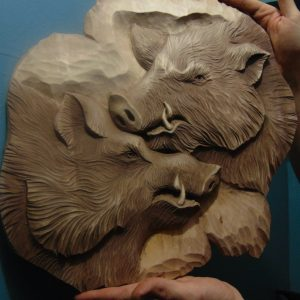 Деревянная резьба: Кабаны