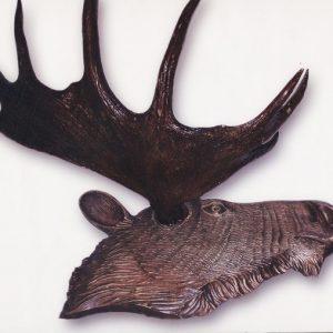 Скульптура из дерева: Голова лося