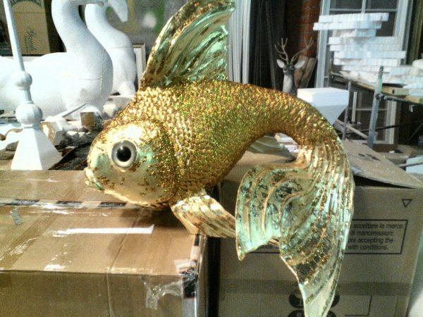 Фигура из пенопласта «Золотая рыбка»