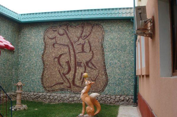 Барельеф из бетона Олень