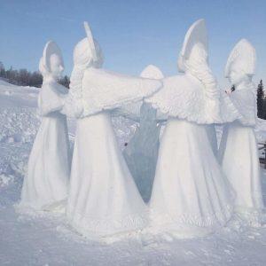 Ледяная скульптура: Хоровод вокруг костра
