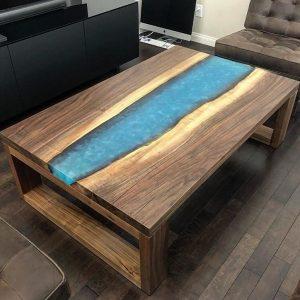 Деревянная мебель: Журнальный столик