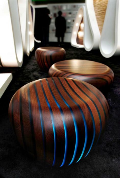 Деревянная мебель: Барный стул с подсветкой