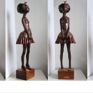 Скульптура из дерева: Принцесса