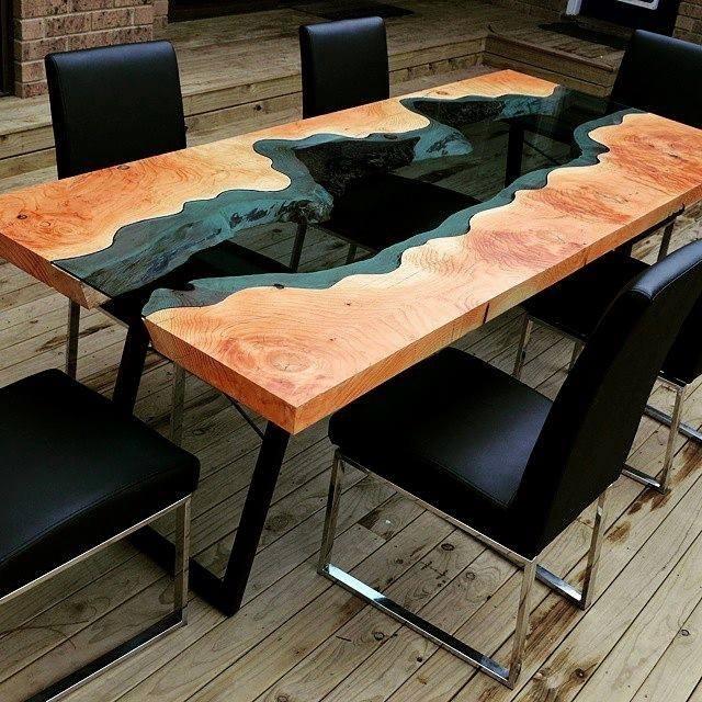 Деревянная мебель: Стол для обсуждений с вставкой