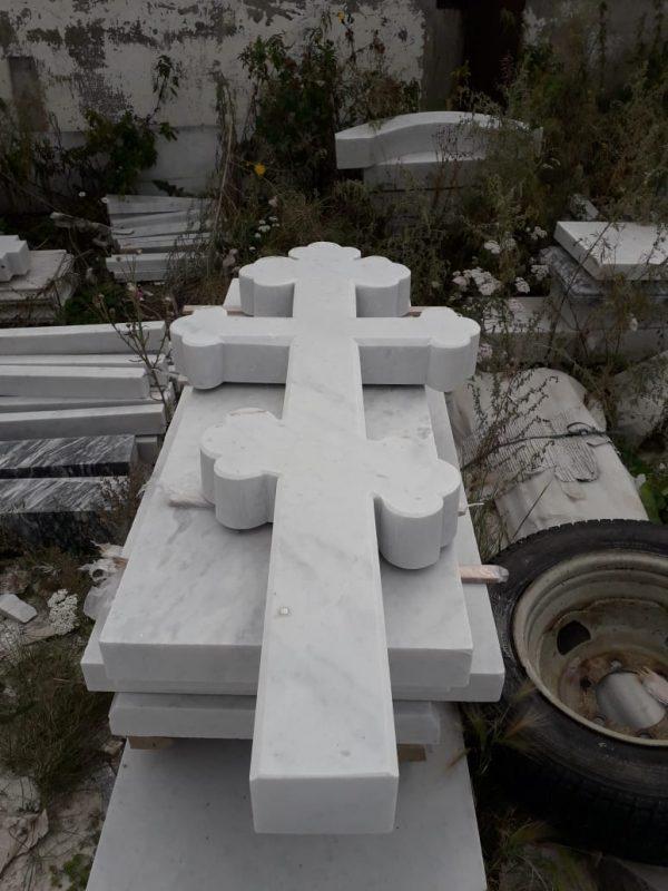 Надгробный памятник: Фигурный крест