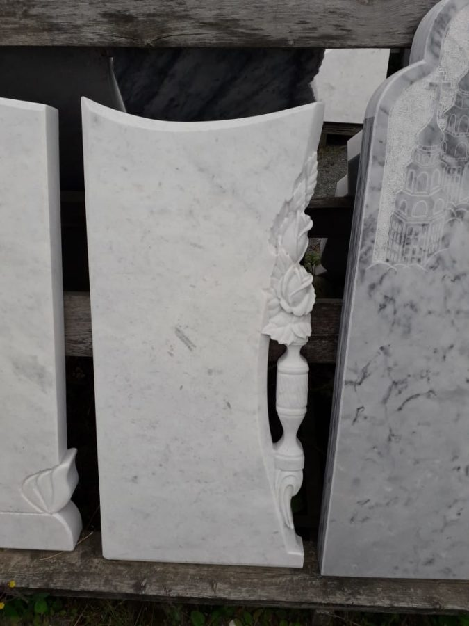 Надгробный памятник: Фигурный с декором