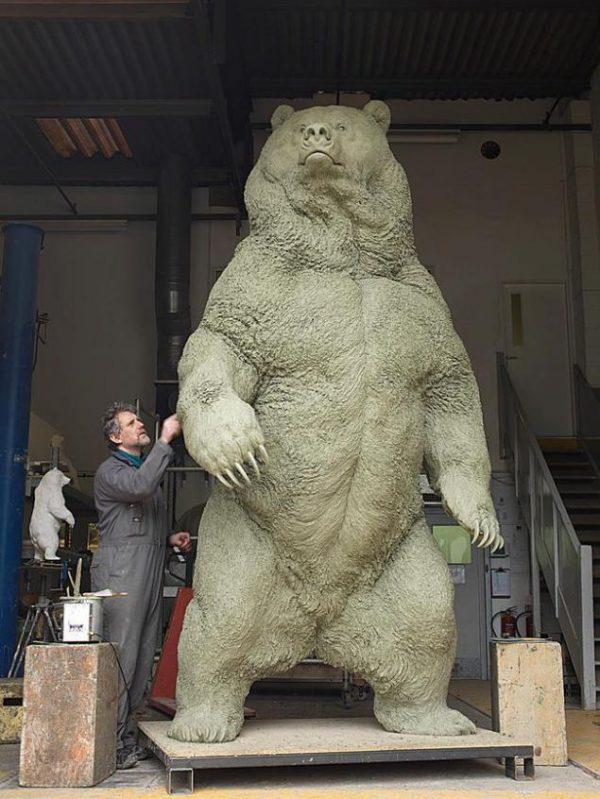 Скульптура медведя. Фигура из пенопласта, скульптура из стеклопластика