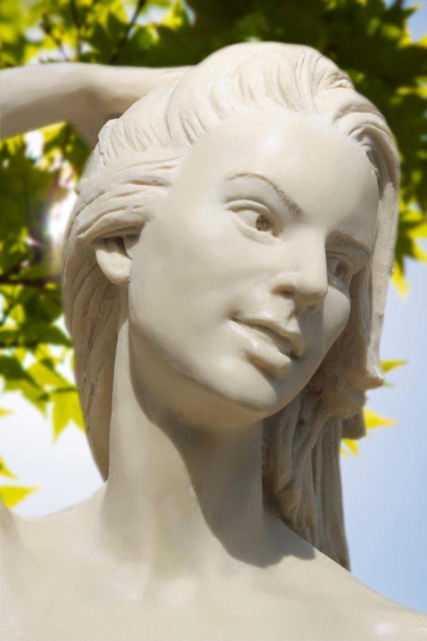 Скульптура из пенопласта и стеклопластика: Изящная девушка