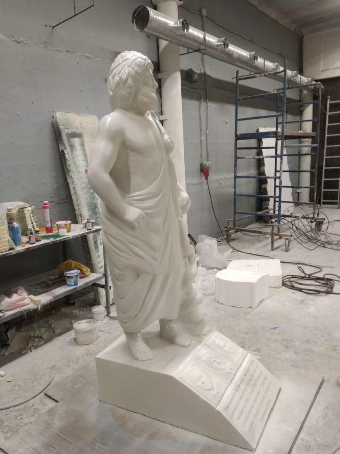 Скульптура из пенопласта и стеклопластика: Асклепий - бог медицины