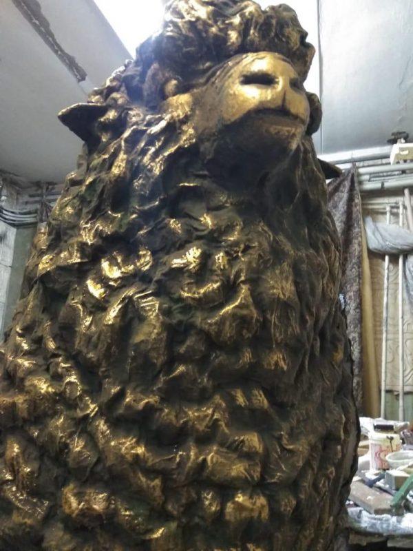 Скульптура из пенопласта и стеклопластика: Баран под бронзу
