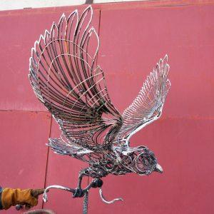 Скульптура из металла: Орёл