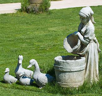 Садовые бетонные фигуры