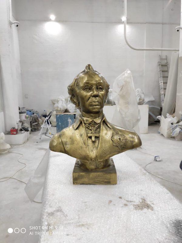 Бюст на заказ: А.В. Суворов