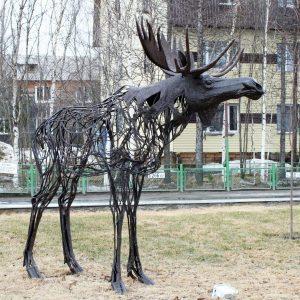 Скульптура из проволоки: Олень