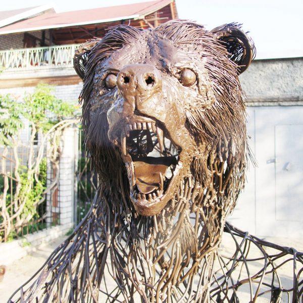 Скульптура из проволоки: Медведь