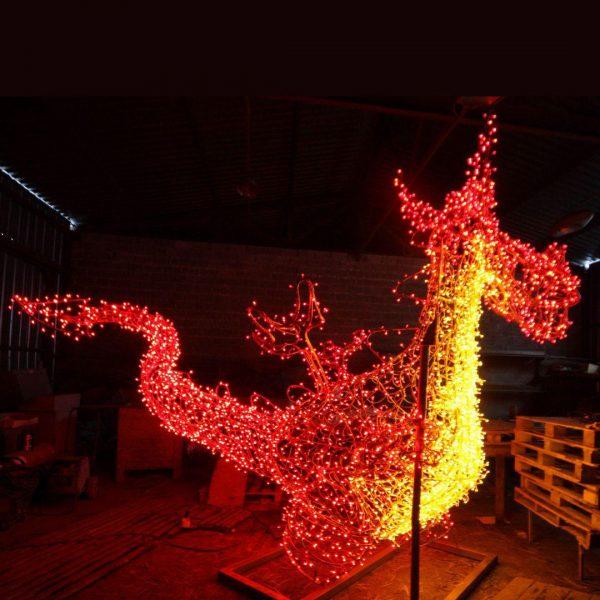 Скульптура из проволоки: Дракон