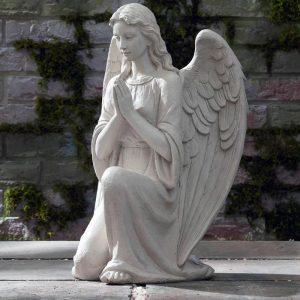 Скульптура из мрамора: Ангелы-двойняшки