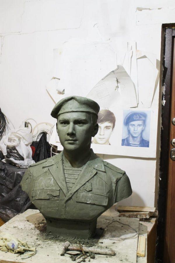 Бюст солдата, 6 рота