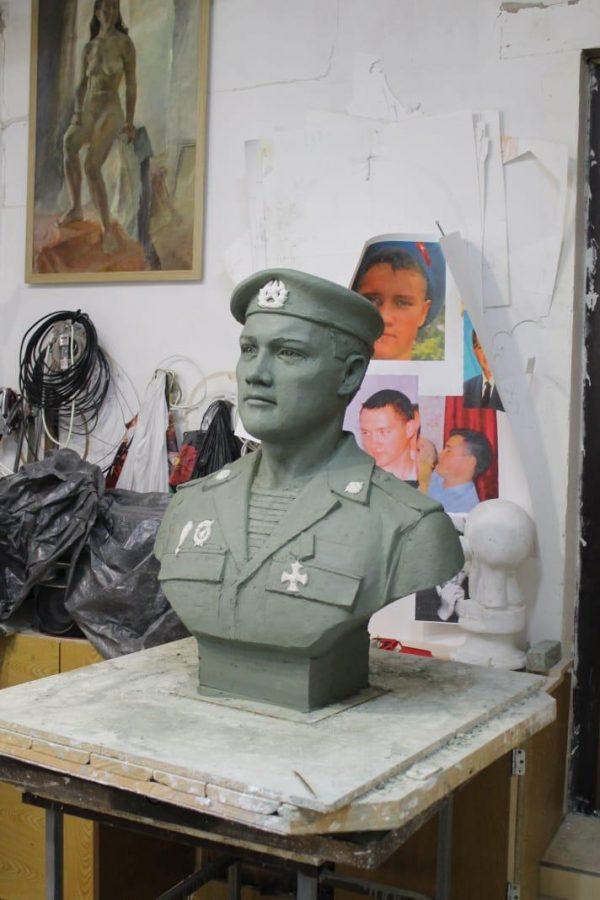 Бюст на заказ: Солдат