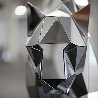 Полигональные скульптуры из стекломата