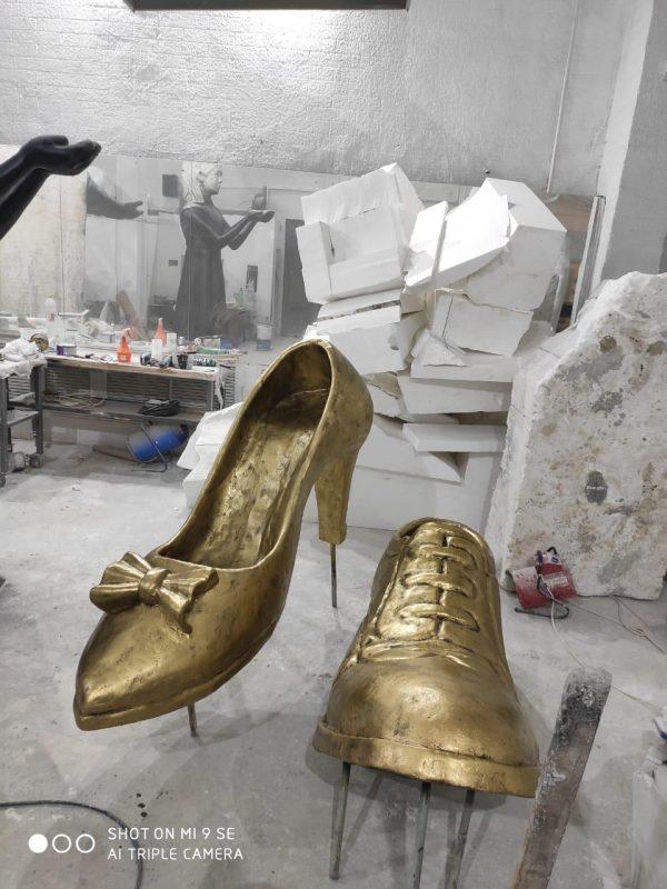 Скульптура из пенопласта: Туфли