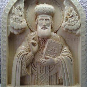 Икона из дерева: Николай Чудотворец