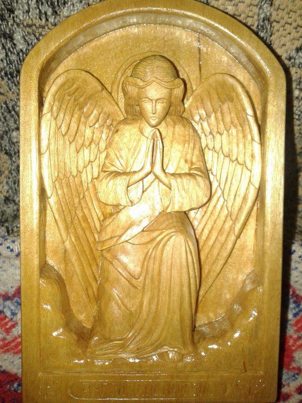Икона из дерева: Ангел-Хранитель коленопреклонный