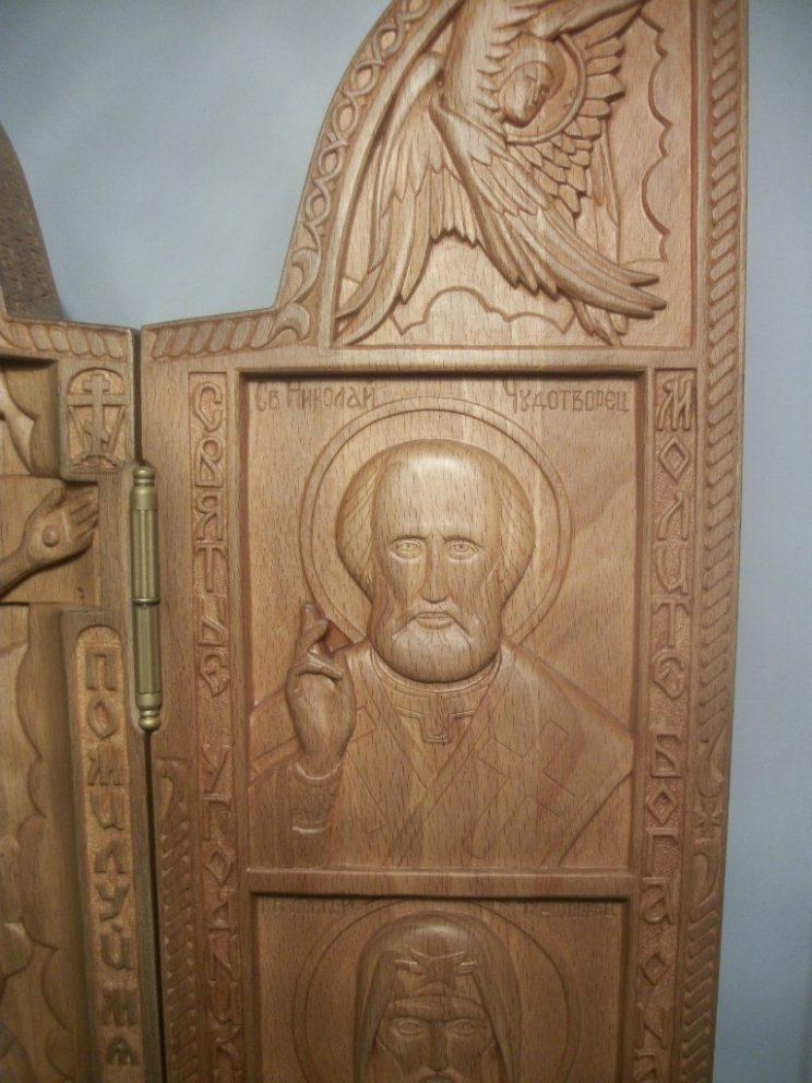 Икона из дерева: складень (домашний алтарь) с ликами святых
