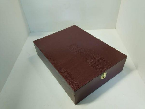 Футляры подарочные: для сувенирной продукции