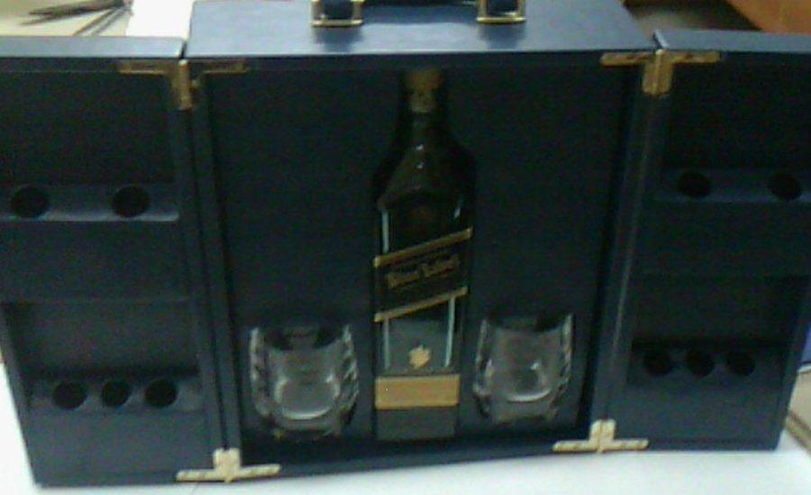 Футляры подарочные: для сувенирного алкоголя